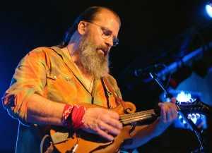 Steve EArle beard mando